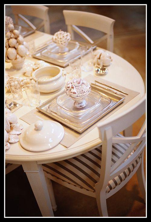 Table setting framed