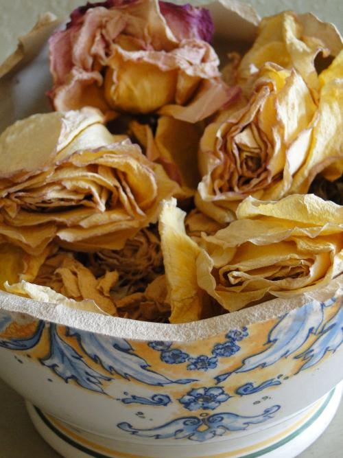 Whole flower potpourri (3)