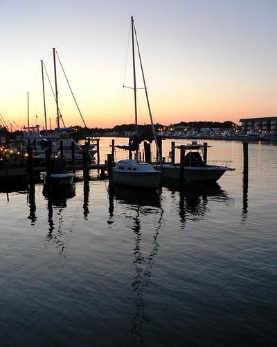 Boat living harbor