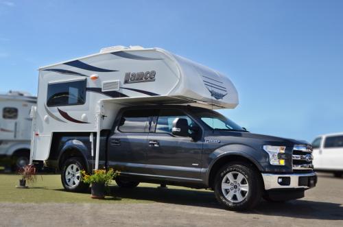 Rv camper truck